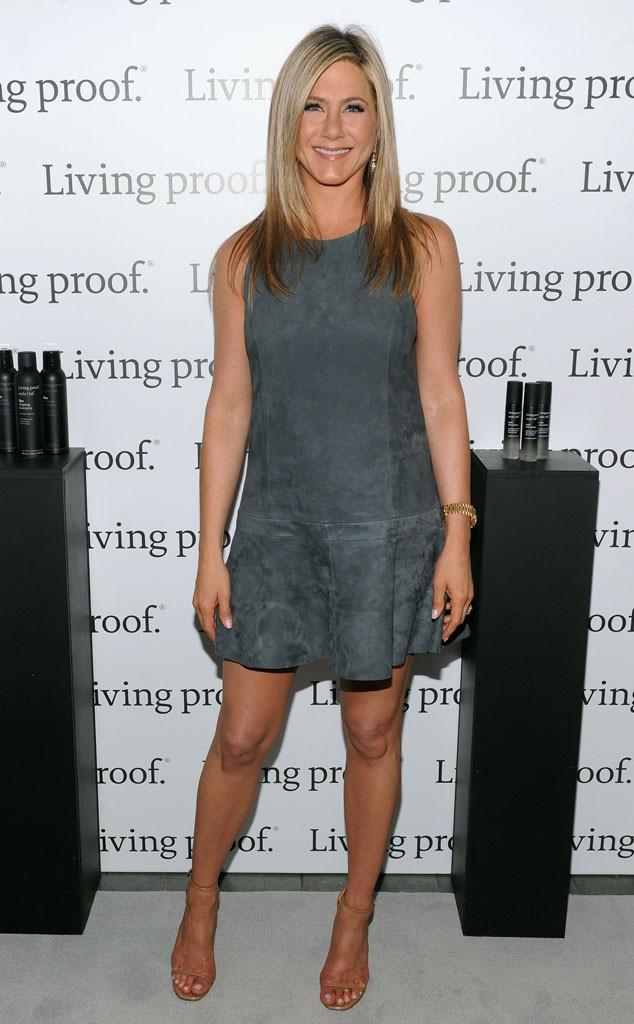 Best Looks Style Spotlight Jennifer Aniston Winning Fashion